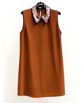 Kleid mit Pailettenkragen
